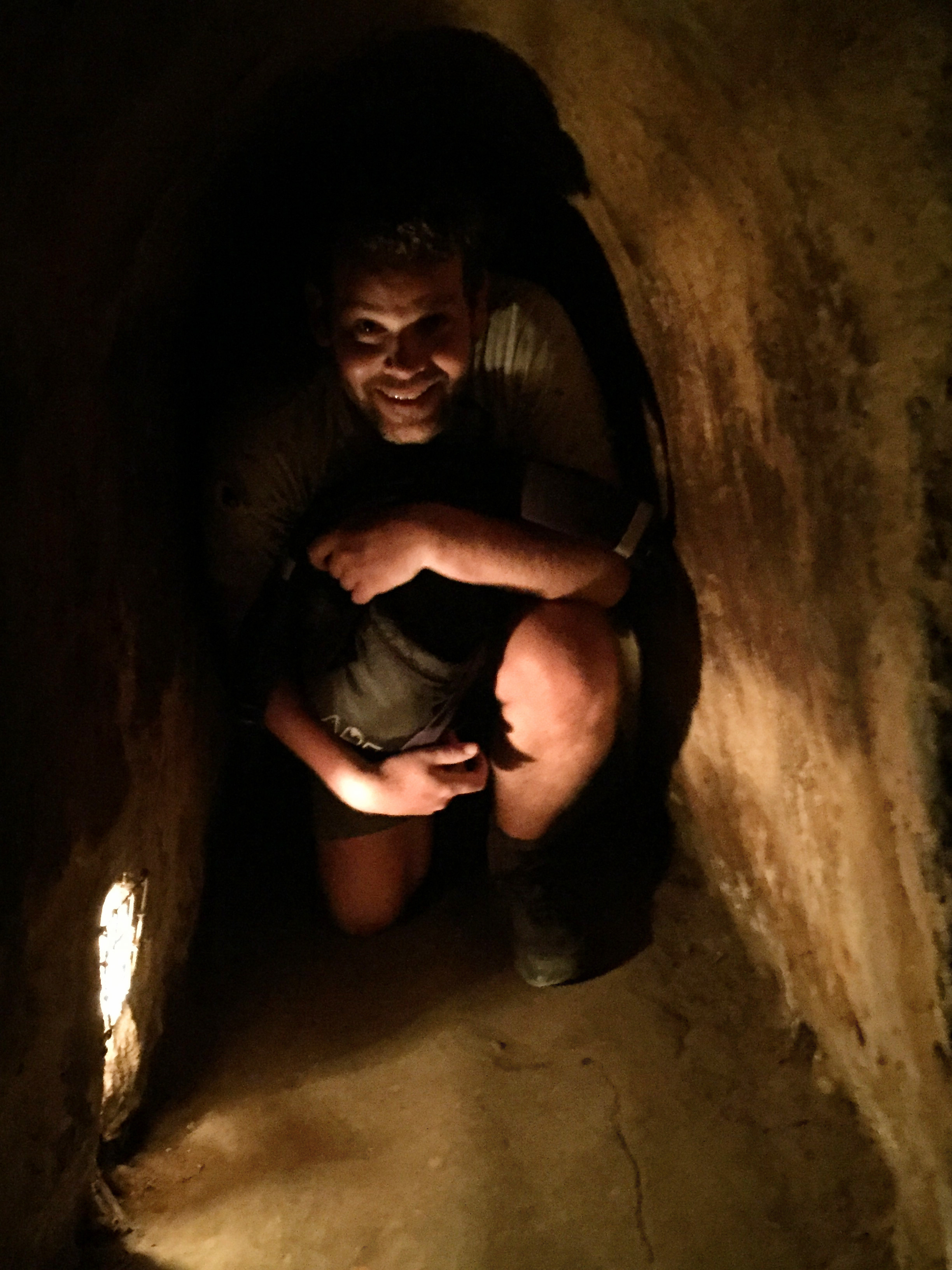 In de Cu Chi tunnels, Vietnam - It's a Food Life