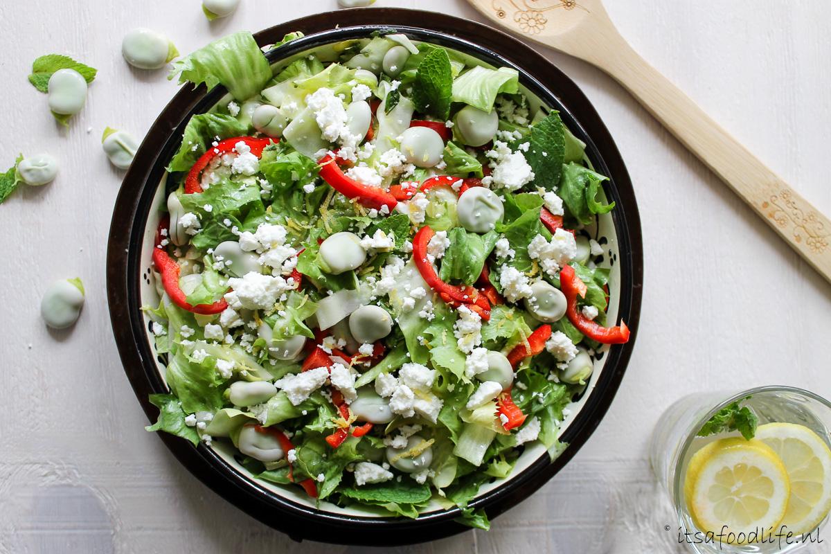 Andijvie salade met tuinbonen en feta - It's a Food Life