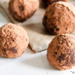Avocado bliss balls - gezonde snack balletjes | It's a Food Life