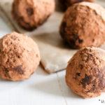Avocado bliss balls - gezonde snack balletjes | It's a Food Life