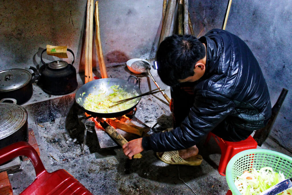 Cooking on fire in SaPa, Vietnam - It's a Food Life