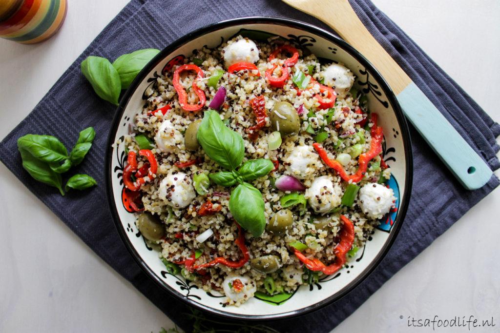 Italiaanse quinoa en bulgur maaltijdsalade | It's a Food Life