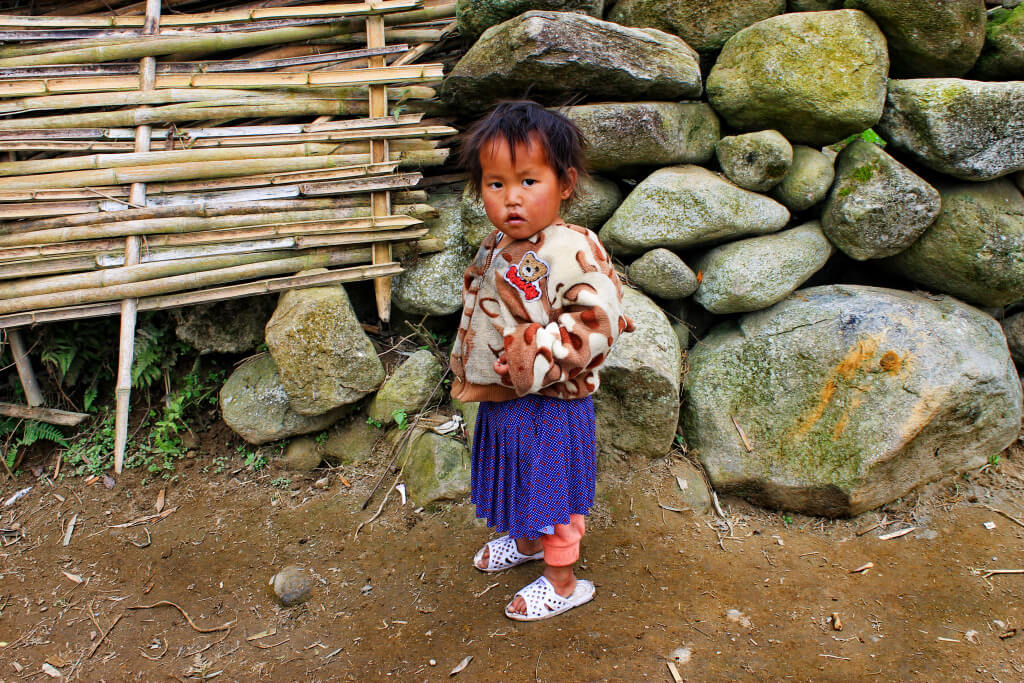 Local little girl in SaPa, Vietnam - It's a Food Life