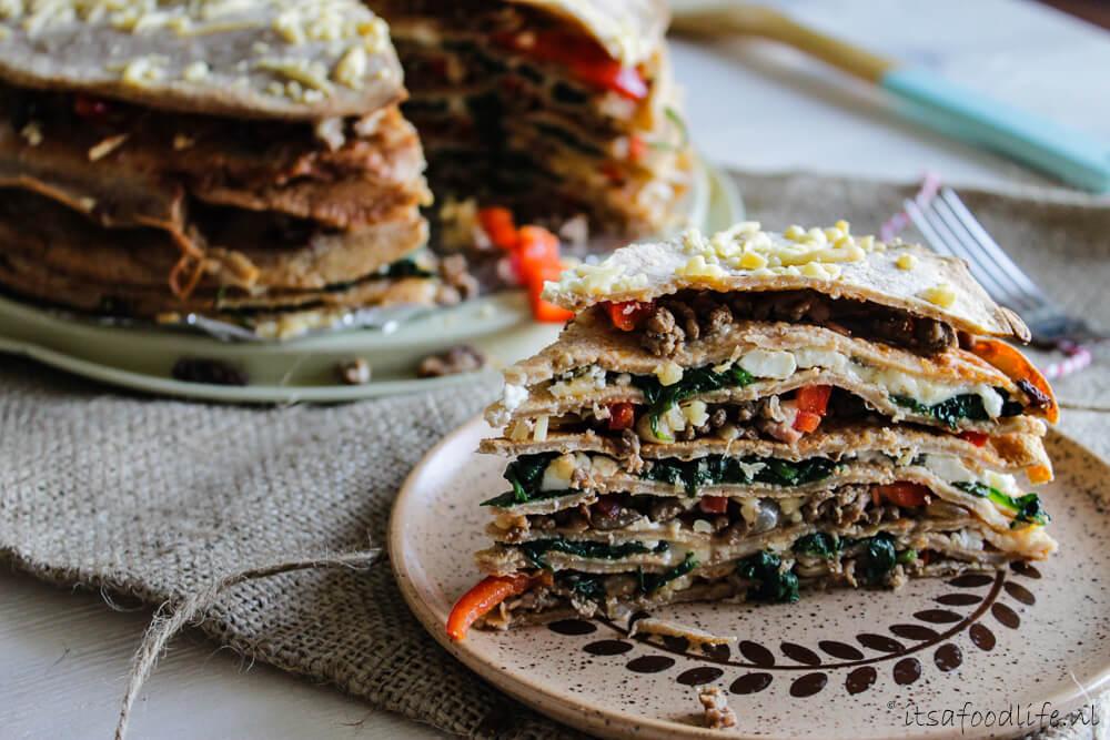 Pannekoekentaart met gehakt en spinazie   It's a Food Life