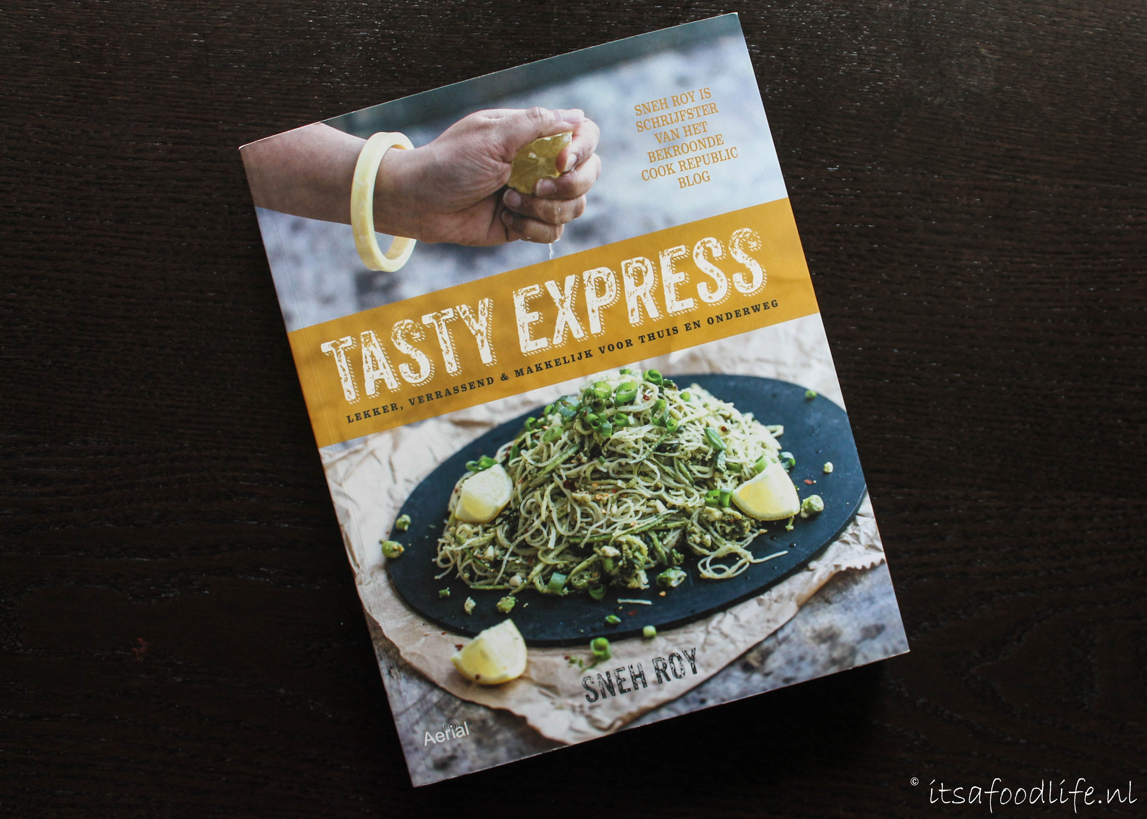 Review kookboek Tasty Express - It's a Food Life