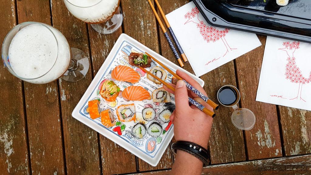 Social deal sushi box van restaurant Merlina   It's a Food Life