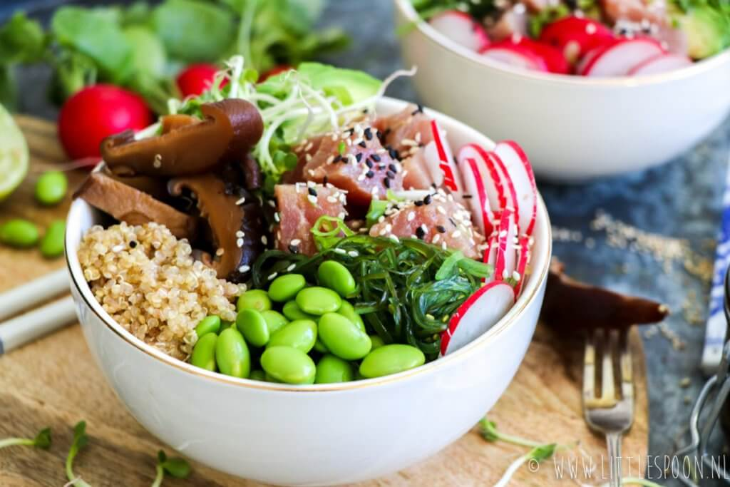 Sushibowl met tonijn shii-takes en quinoa van Little Spoon | It's a Food Life