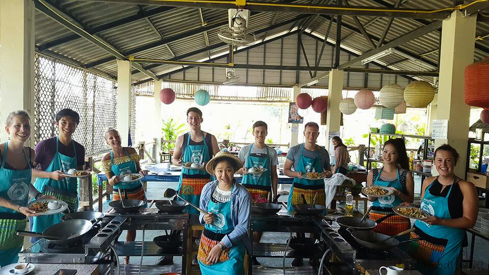 Thais koken | cooking class in Chiang Mai | It's a Food Life