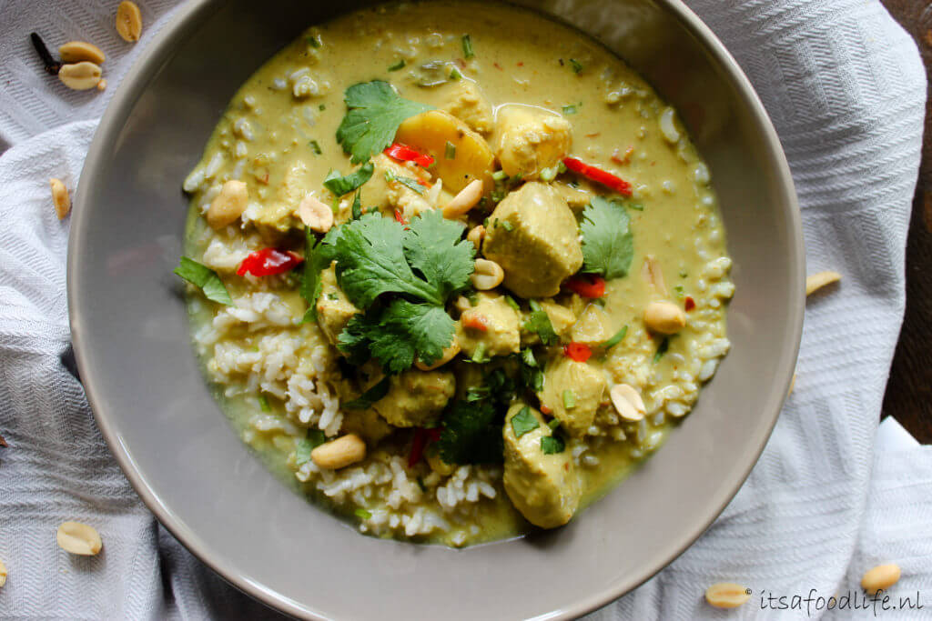 Thaise massaman curry | It's a Food Life