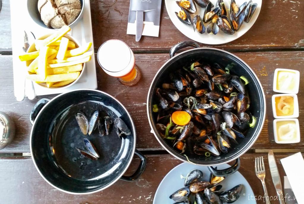 Strandpaviljoen 19 half - Weekendje Texel | It's a Food Life