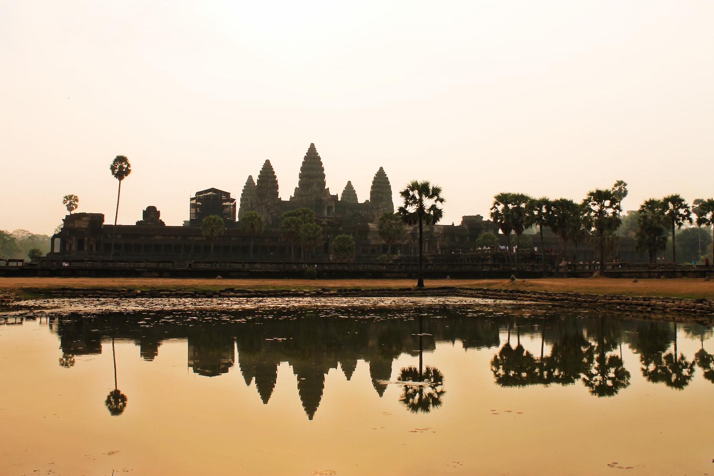 Weerspiegeling van Angkor Wat, Cambodja - It's a Food Life