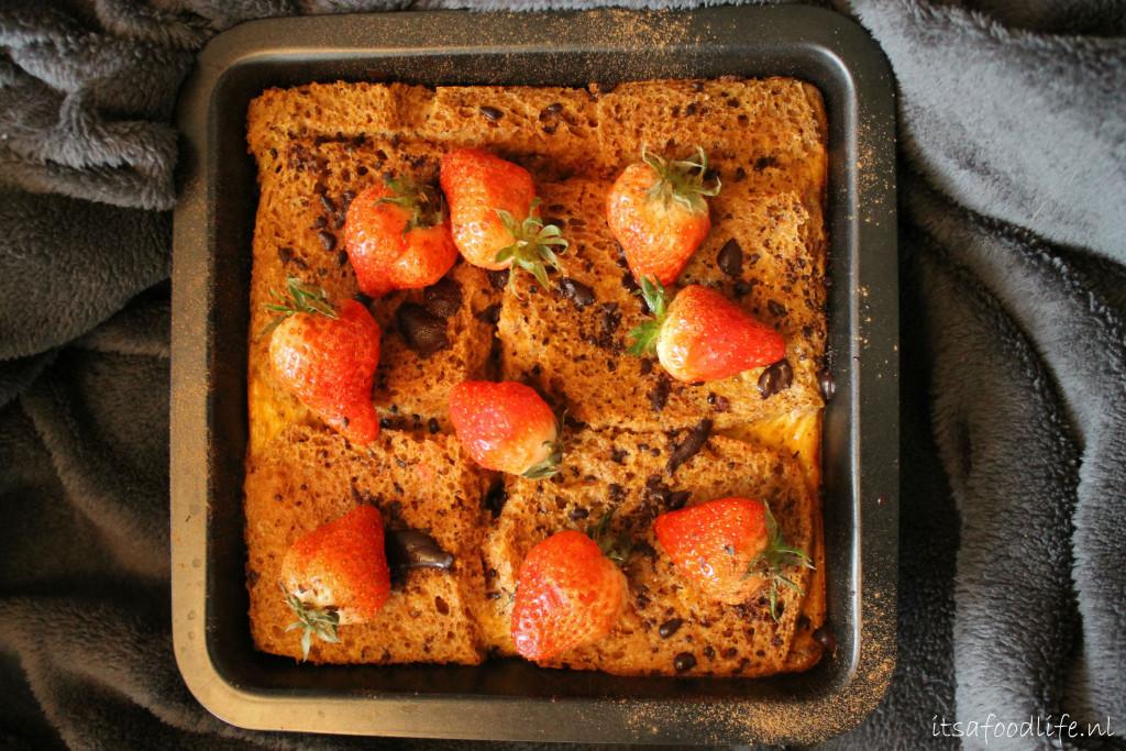 Recept voor wentelteefjes uit de oven met aardbeien en chocolade | It's a Food Life