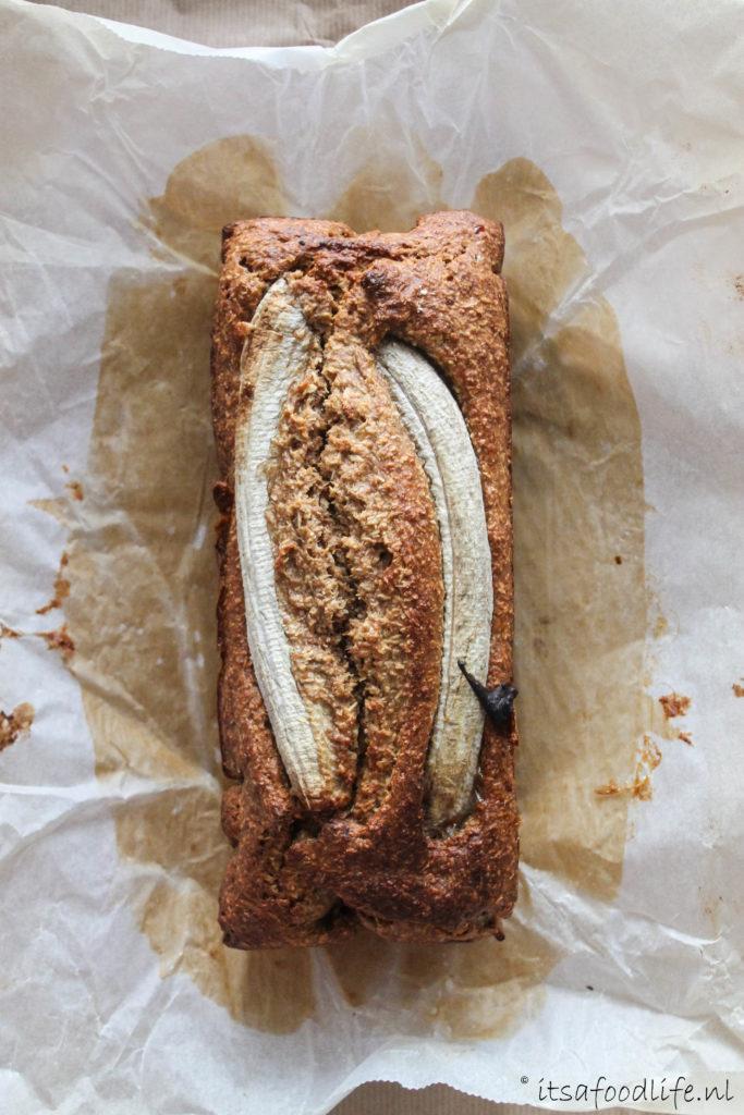 gezond bananenbrood met kokos | It's a food life