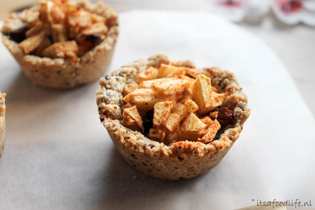 Mini appelgebakjes met amandeldeeg en amandelcustard | It's a Food Life