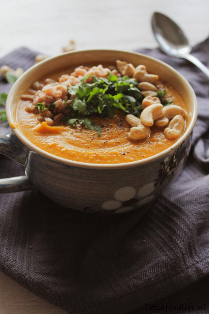 Recept voor zoete aardappel currysoep maaltijdsoep | It's a Food Life